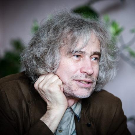Александр Лобок