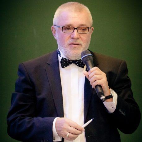 Виктор Макаров
